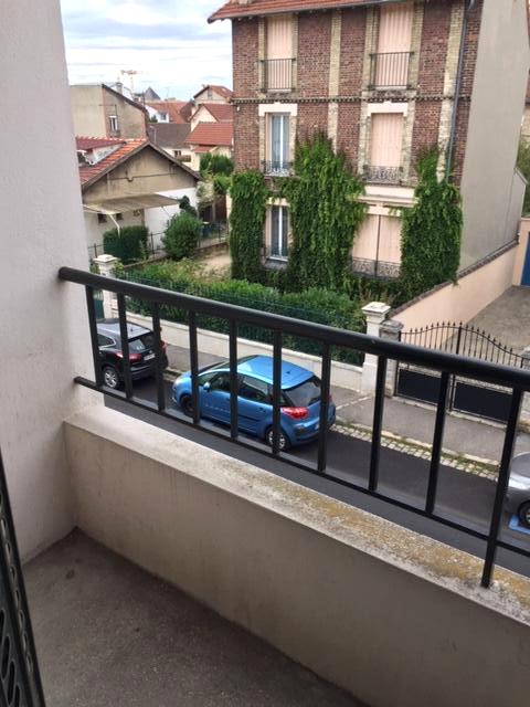 Appartement avec balcon + box + cave